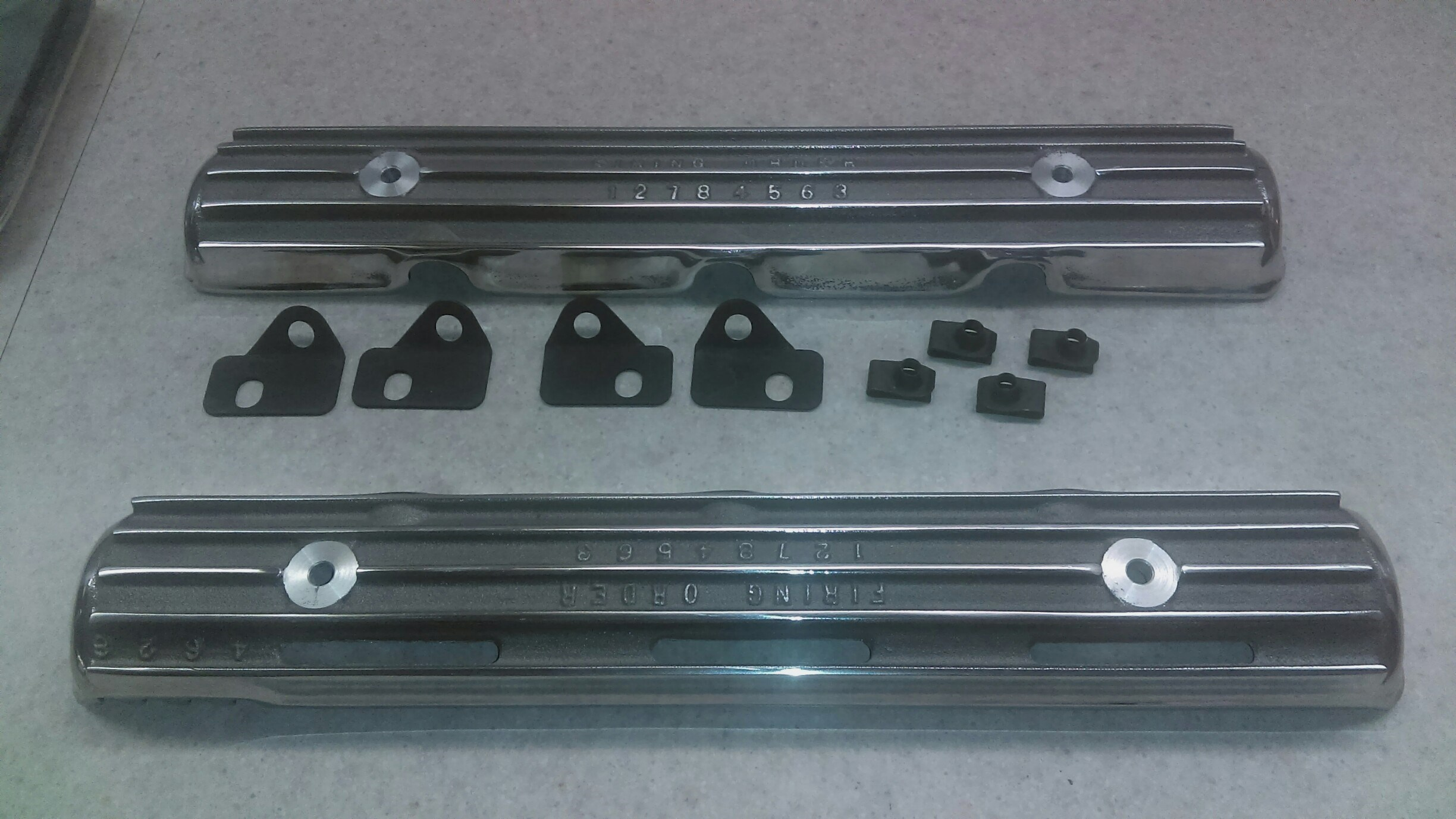 SPARK PLUG COVERS WITH CLIPS